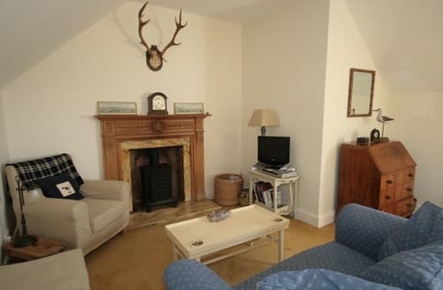 Last Minute Cottages - Wonderful Flitcham Cottage S114582