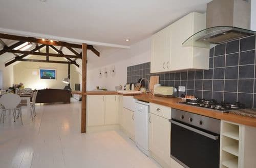 Last Minute Cottages - Delightful  Barn S12636