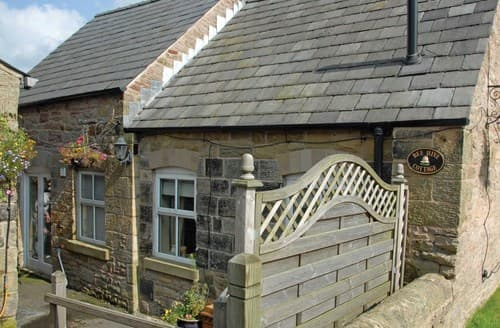 Last Minute Cottages - Superb Combs Cottage S58995
