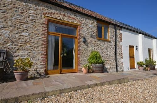 Last Minute Cottages - Stunning Chard Barn S40987