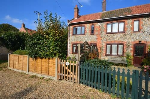 Last Minute Cottages - Luxury Cromer Cottage S7591