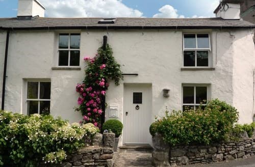 Last Minute Cottages - Cosy Grange Over Sands Cottage S94553
