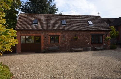 Last Minute Cottages - Attractive Minehead Barn S86906