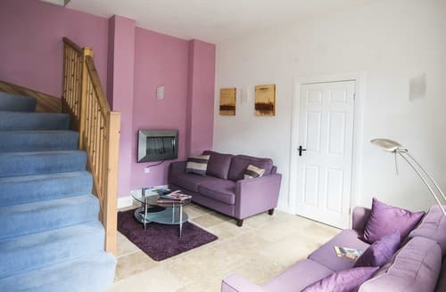 Last Minute Cottages - Tasteful Knaresborough Cottage S122145