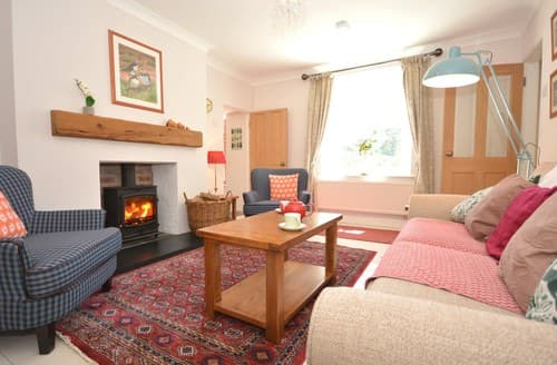 Last Minute Cottages - Stunning Clynderwen Apartment S105263