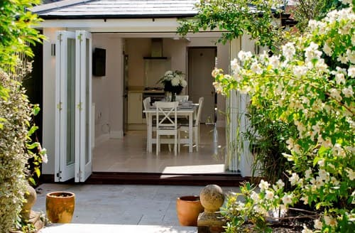 Big Cottages - Lovely Lymington Cottage S70648