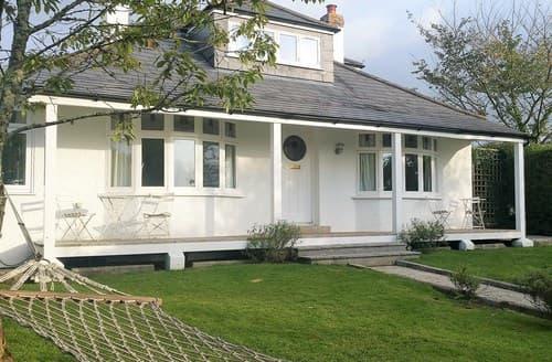 Last Minute Cottages - Delightful Wadebridge Bungalow S83741