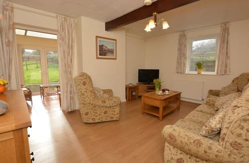 Last Minute Cottages - FCH49769