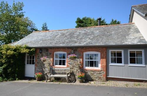 Last Minute Cottages - Adorable Bideford Barn S7945