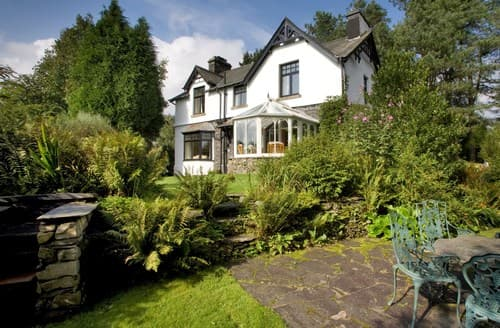 Last Minute Cottages - Cosy Nr Coniston House S94530