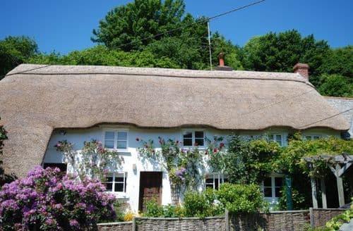 Last Minute Cottages - Cosy Bideford Cottage S8070