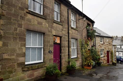 Last Minute Cottages - Luxury Buxton House S72072