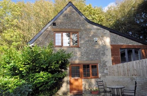 Last Minute Cottages - Luxury Beaminster Apartment S8132