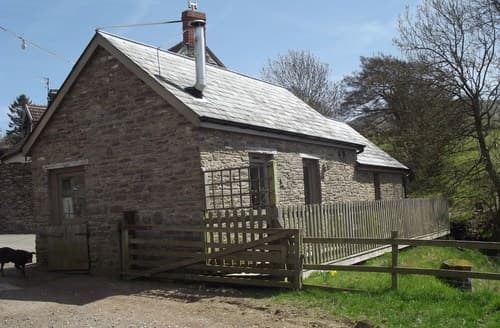 Last Minute Cottages - Wonderful Llanigon Cottage S84395