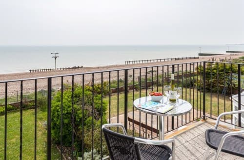 Last Minute Cottages - Captivating Pevensey Bay Apartment S72458