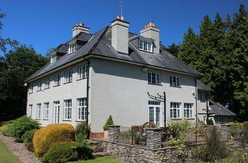 Last Minute Cottages - Cosy Minehead House S7498