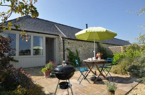 Last Minute Cottages - Delightful Stonehouse Cottage S7021