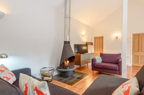 Last Minute Cottages - Inviting Fordingbridge Barn S95169