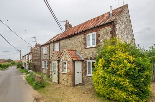 Last Minute Cottages - Splendid Burnham Market Cottage S114612
