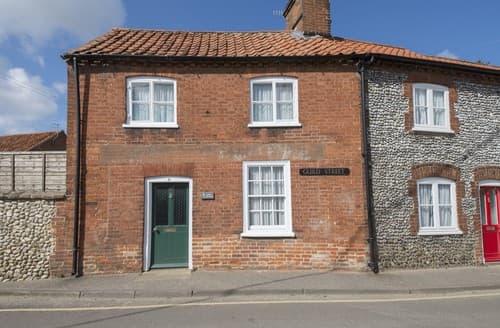 Last Minute Cottages - Excellent Little Walsingham Cottage S114617