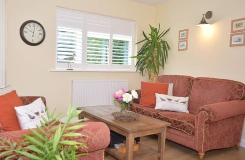 Last Minute Cottages - Superb Pevensey Apartment S89434