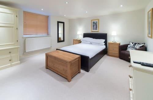 Last Minute Cottages - Charming Harrogate Apartment S122164
