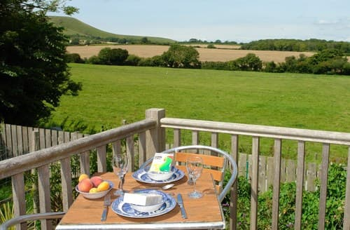 Last Minute Cottages - Inviting Polegate Apartment S89441