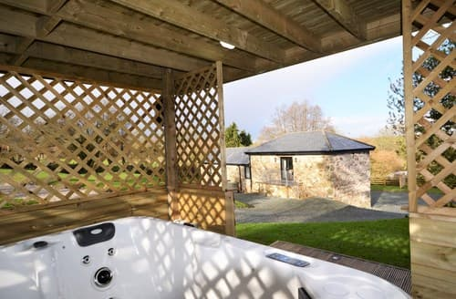 Last Minute Cottages - Delightful Callington Barn S86982