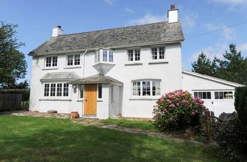 Last Minute Cottages - Inviting Barnstaple House S13140