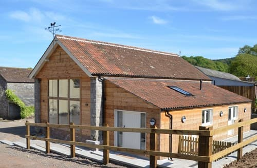 Last Minute Cottages - Captivating Bristol Barn S98694