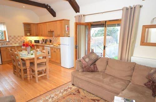 Last Minute Cottages - Inviting Launceston Cottage S7198