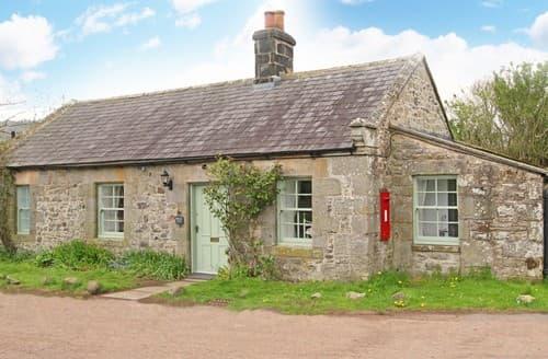 Last Minute Cottages - Lovely Alwinton Cottage S98007