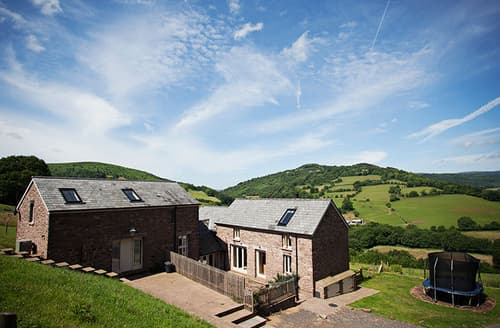 Last Minute Cottages - Wonderful Abergavenny Barn S45970