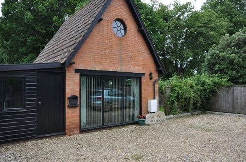 Last Minute Cottages - Delightful Sturminster Newton Barn S8590