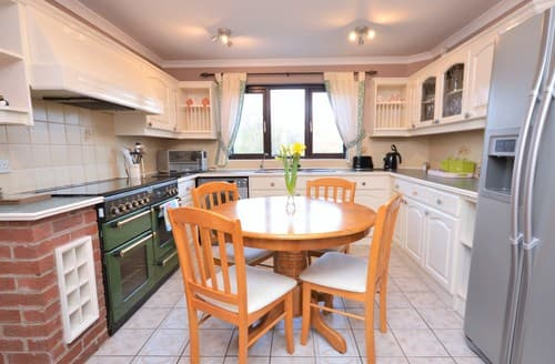 Big Cottages - Wonderful Tenby House S49988