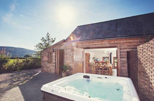 Last Minute Cottages - Quaint Crickhowell Cottage S45967