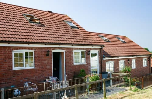 Last Minute Cottages - Beautiful Ledbury Barn S77375