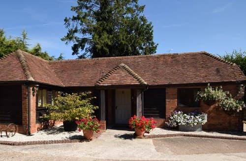 Last Minute Cottages - FCH46339