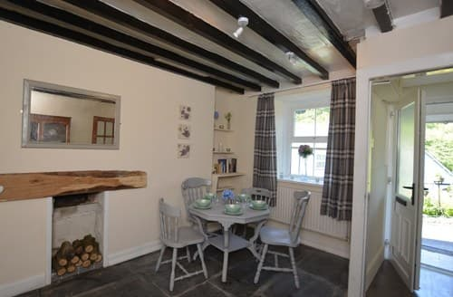 Last Minute Cottages - Cosy Machynlleth House S84259