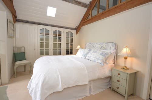 Last Minute Cottages - Superb Pembroke Cottage S81973
