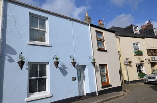 Last Minute Cottages - Cosy Torpoint Cottage S8349