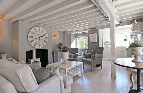 Last Minute Cottages - Exquisite Moreton In Marsh Cottage S13255
