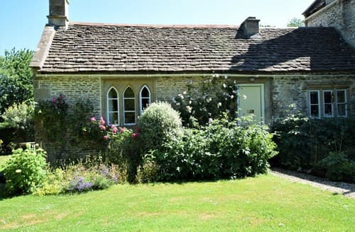 Last Minute Cottages - Superb Corsham Cottage S43682