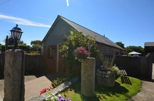 Last Minute Cottages - Attractive Launceston Barn S8822