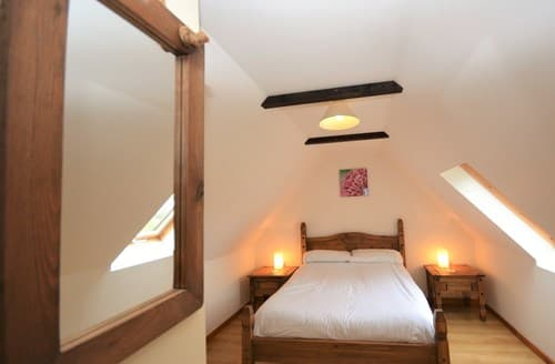 Last Minute Cottages - Luxury Pembroke Barn S57408