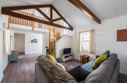 Last Minute Cottages - Luxury Saltash Barn S70627