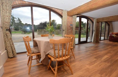 Last Minute Cottages - Superb Pickering Barn S71912
