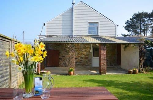 Last Minute Cottages - Excellent Helston House S25408