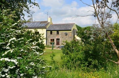 Last Minute Cottages - Gorgeous Whitland Cottage S70684