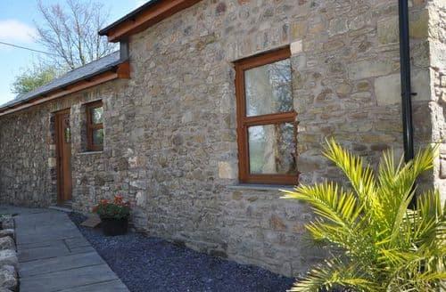 Last Minute Cottages - Gorgeous Bridgend Cottage S26348